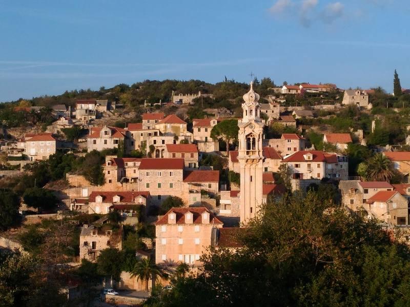 Rent Villa on Island of Brac in Croatia