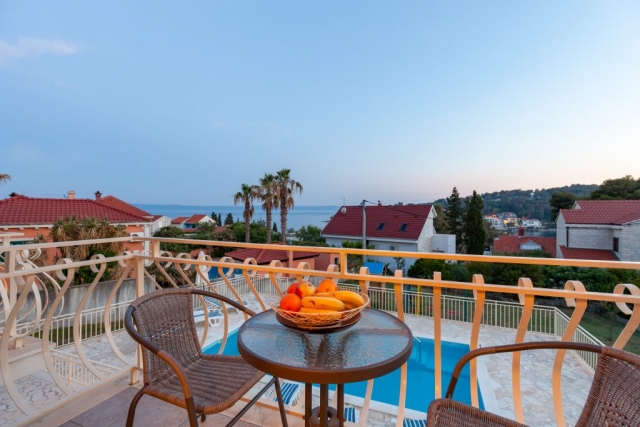 Terrace view of the swimming pool and the Adriatic sea
