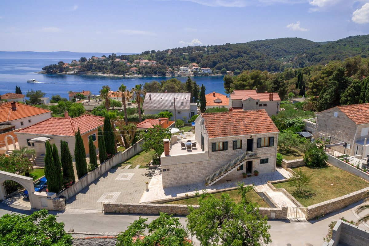 Drone view of the Villa Vjeka and front sea bay